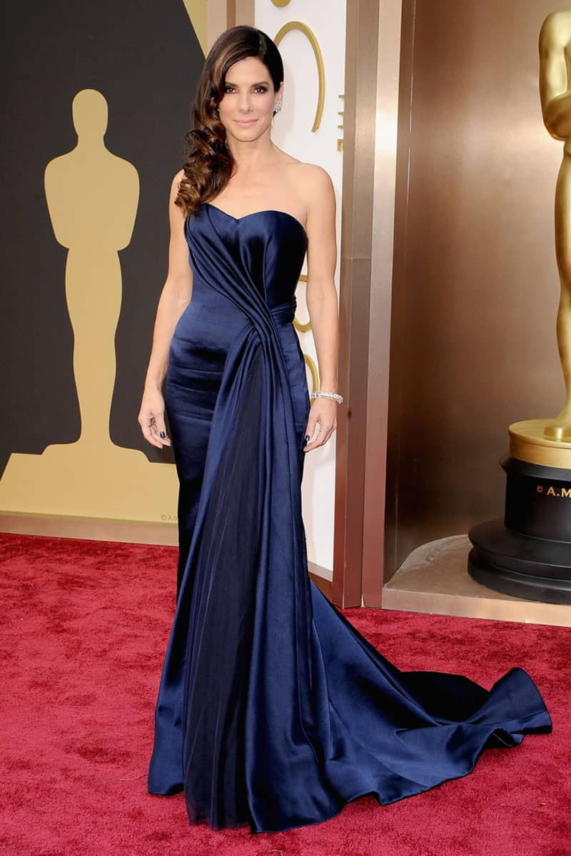 sandra-bullock-navy-blue-satin-mermaid-celebrity-vintage-prom-dress-oscars-2014