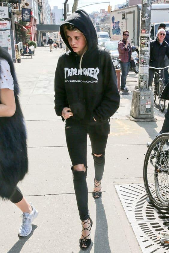 Hoodies For Women Fashion S Favourite Trend The Fashion