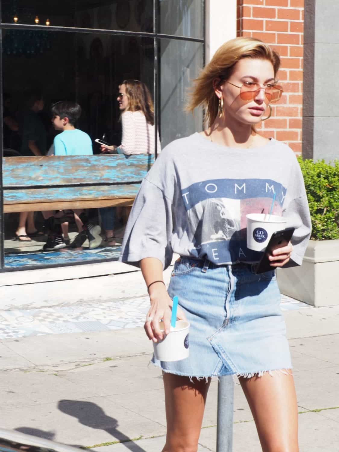 5233c56f0a4 How To Wear The Denim Skirt In 2017 Like A Grown-Up  – The Fashion ...