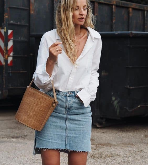 1c8c2d5b8c How To Wear The Denim Skirt In 2017 Like A Grown-Up  – The Fashion ...
