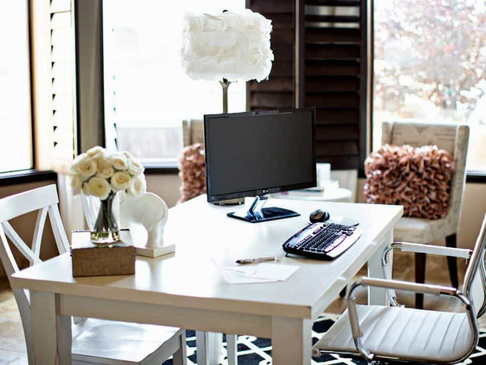 Bloggers 39 office decor glam white versus mysterious dark for Diy network bedroom ideas