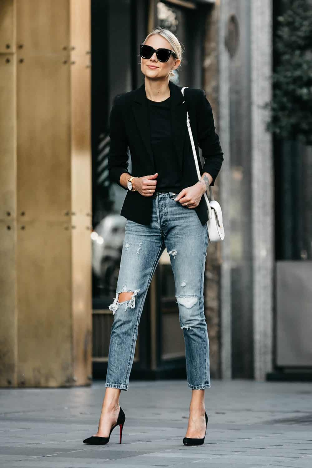 What Type Of Ripped Jeans Should You Buy The Fashion